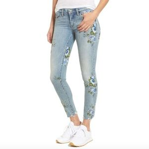 Blank NYC Floral Embroidered Skinny